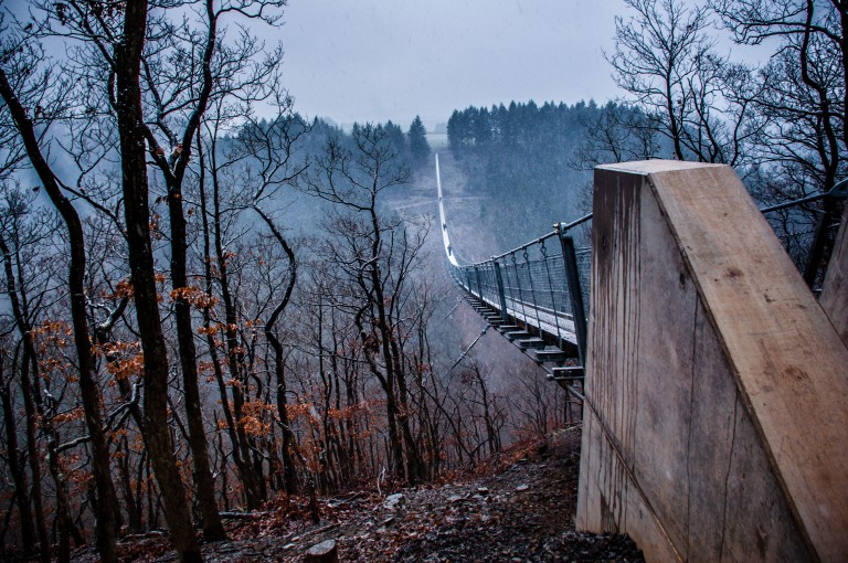 Name:  suspension bridge hängeseilbrücke geierlay  0407-Gemma-Geierlay-Germany's-Longest-Suspension-Bri.jpg Views: 3483 Size:  170.0 KB
