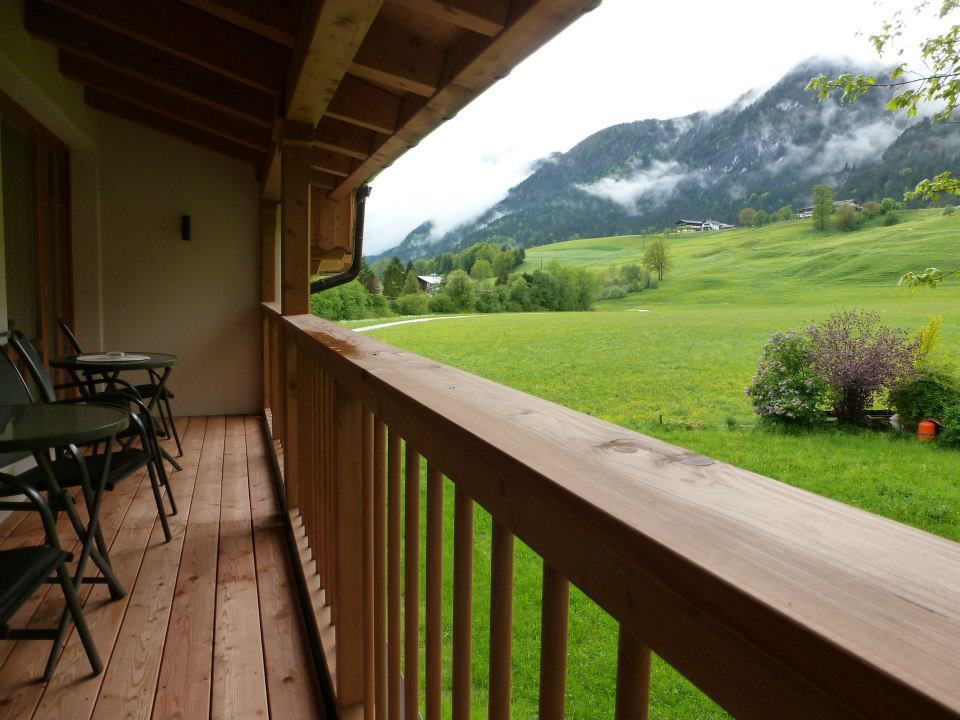 Name:  SchlossBlick Hotel near Kufstein, Austria599462_10151643354386171_1357125858_n.jpg Views: 2463 Size:  101.0 KB