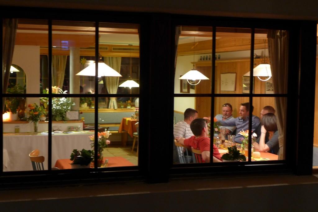 Name:  SchlossBlick Hotel near Kufstein, AustriaP1000936.jpg Views: 2438 Size:  150.4 KB