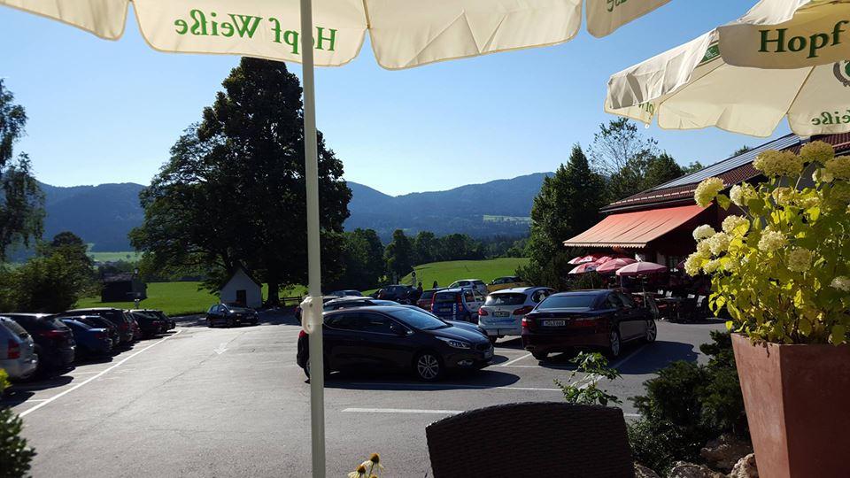 Name:  Winklstüberl Cafe   49923567_7779720959410775377_n.jpg Views: 2560 Size:  94.0 KB