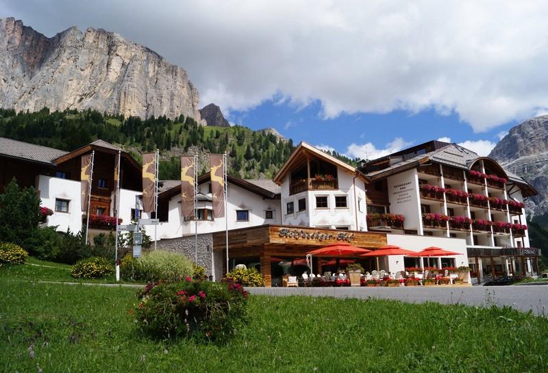Name:  Sella  Hotel Kolfuschgerhof     10499343_704382849598048_534667051736844303_o.jpg Views: 2639 Size:  155.6 KB