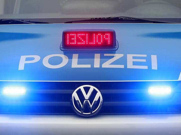 Name:  polizei blaulicht.jpg Views: 3025 Size:  37.3 KB