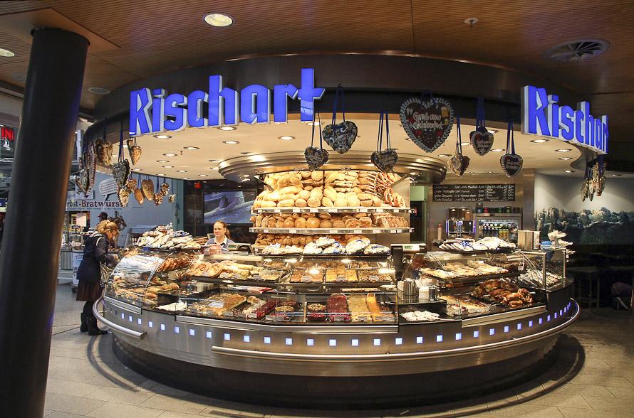 Name:  Cafe Rischart_2011.jpg Views: 1980 Size:  279.8 KB