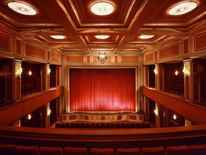 Name:  sendlinger-tor filmtheater-1.jpg Views: 2426 Size:  118.3 KB