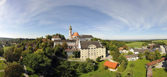 Name:  Kloster Andrechs mdb_109617_kloster_andechs_panorama_704x328.jpg Views: 2653 Size:  59.1 KB