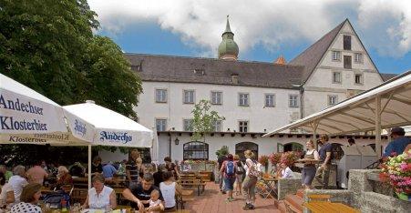 Name:  Kloster Andrechs  10_by_andechs_kloster_biergarten_roland_rossner_3_452x.jpg Views: 1950 Size:  33.9 KB