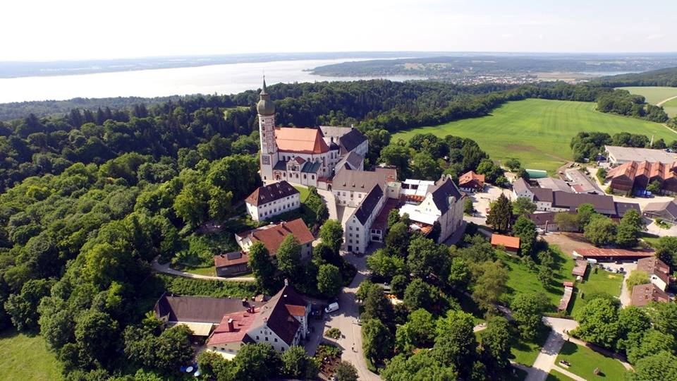 Name:  Kloster Andrechs11406952_10153334956172383_5282984285131791715_n.jpg Views: 2364 Size:  101.7 KB